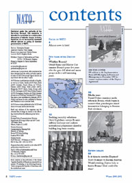 Nato Review; Issue 4; Winter 2000 Volume Issue 4; Winter 2000 by Bennett, Christopher