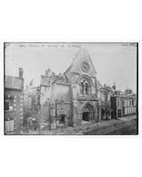 Roye ; Façade of Church of St. Pierre, P... by Library of Congress
