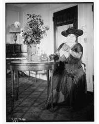 Tetrazzini, Photograph Number 31318V by Library of Congress