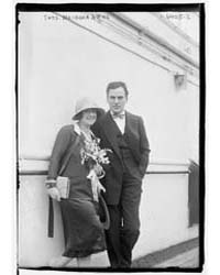 Thos. Meighan and Wife, Photograph Numbe... by Library of Congress