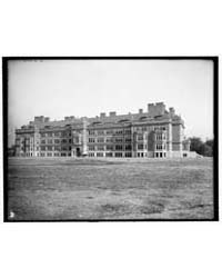 University of Minnesota, Main Building F... by Library of Congress