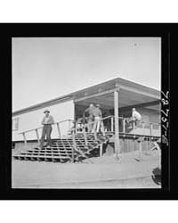 Vallejo, California Workmen from Shipyar... by Library of Congress